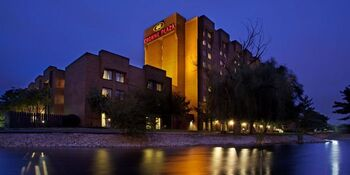 Crowne Plaza Night Picture
